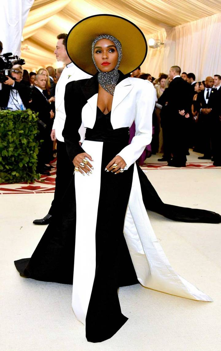met-gala-2018-best-dressed-costume-institute-new-york-metropolitan-museum-art-heavenly-body-fashion-catholic-imagination-vogue-janelle-monae-marc-jacobs.jpg