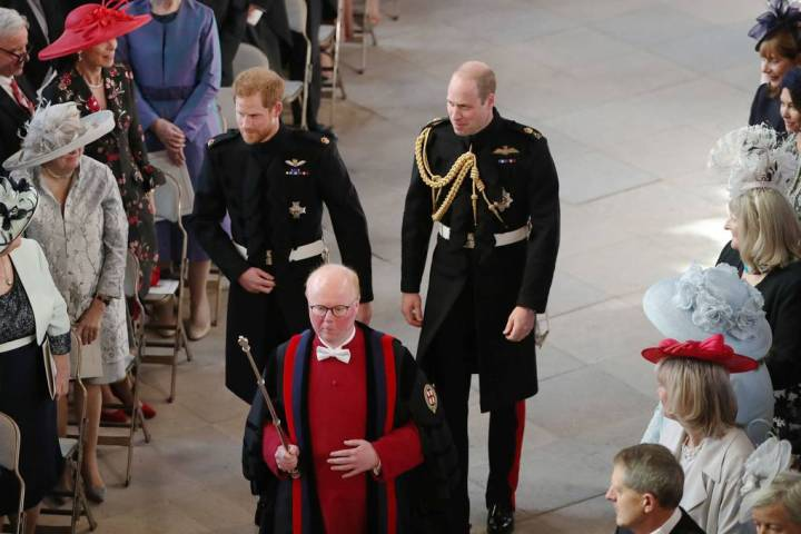 royal-wedding-prince-harry-meghan-markle-fairytale-british-family-windsor-castle-vogue-chapel.jpg
