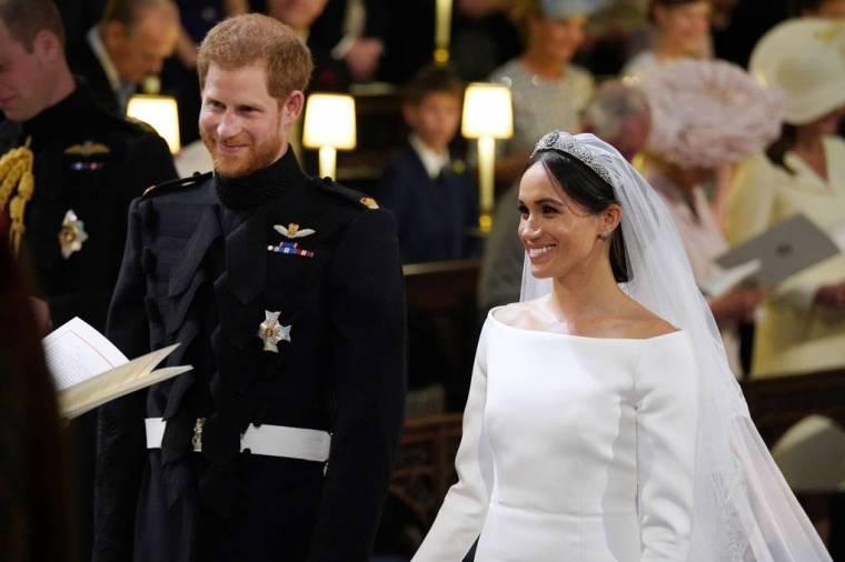 royal-wedding-prince-harry-meghan-markle-fairytale-british-family-windsor-castle-vogue-givenchy-clare-waight-keller-dress-ceremony.jpg