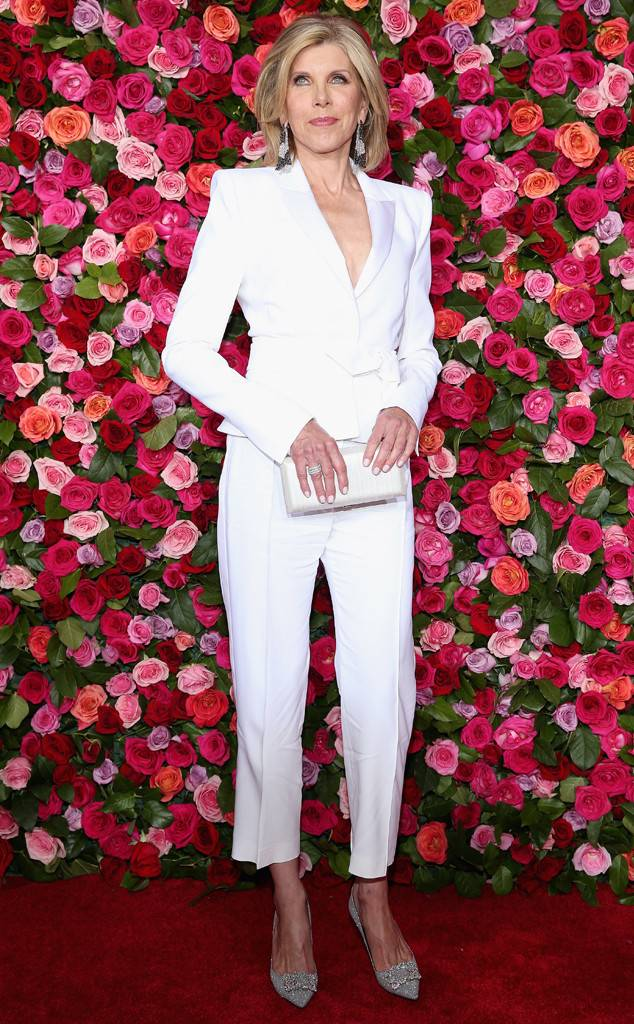 tony-awards-2018-red-carpet-arrivals-fashion-blogger-webzine-blogzine-celebrity-style-actrors-theater-live-eonline-christine-baranski.jpg