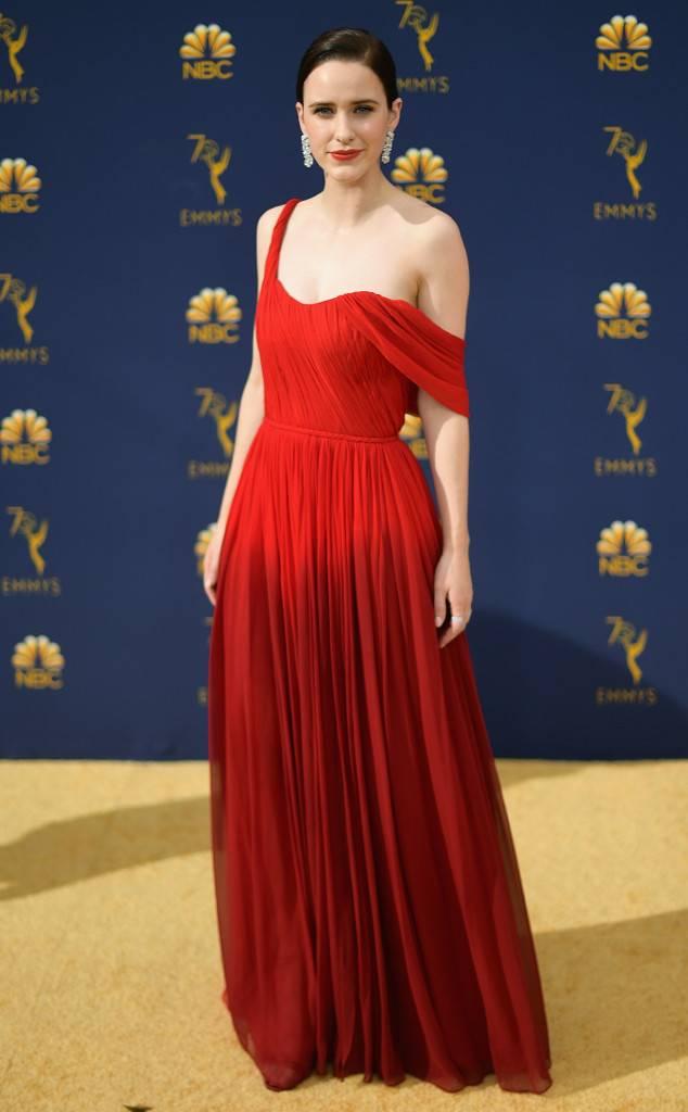 the-emmys-2018-red-carpet-fashion-best-dressed-gowns-awards-season-style-eonline-rachel-brosnahan-oscar-de-la-renta.jpg