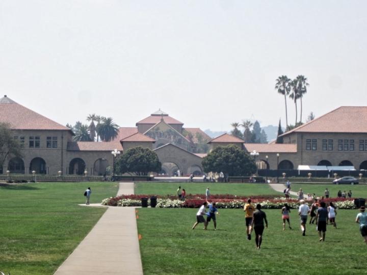 palo-alto-stanford-university-california-san-francisco-photo-diary-usa-ivy-league-students-life-ball.jpg