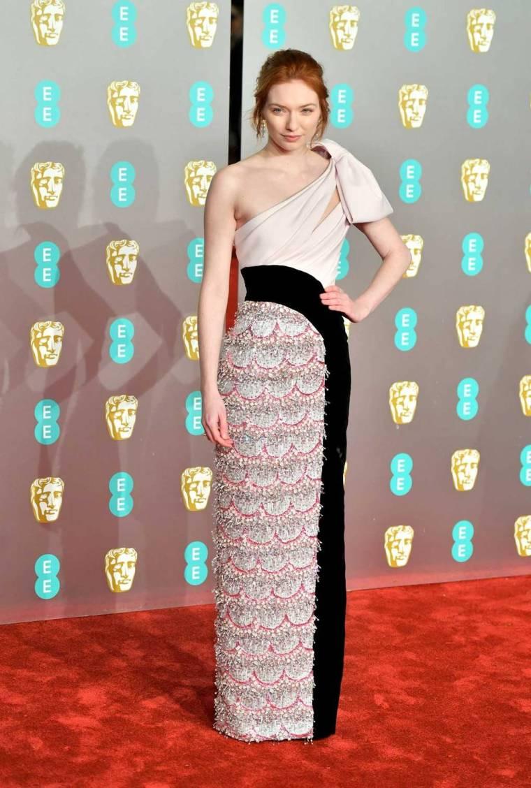 bafta-film-awards-2019-red-carpet-awards-season-best-dressed-vogue-eleanor-tomlinson-ralph-russo.jpg