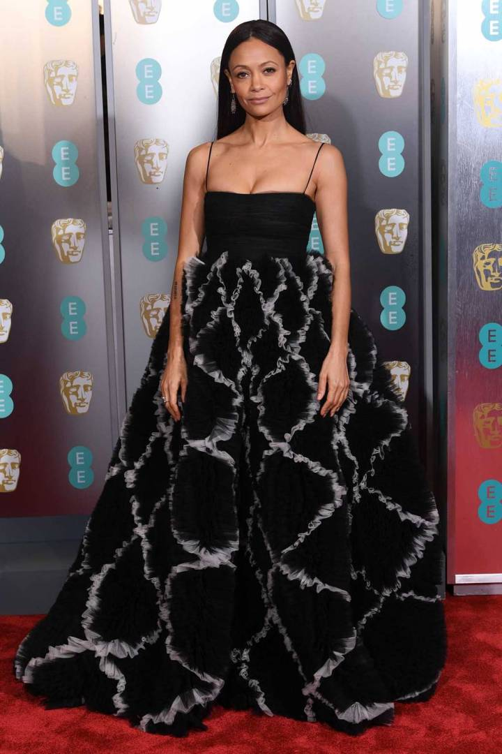 bafta-film-awards-2019-red-carpet-awards-season-best-dressed-vogue-thandie-newton-valentino.jpg