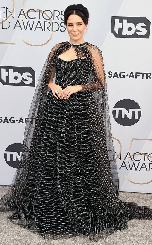 sag-awards-2019-red-carpet-awards-season-screen-actors-guild-best-dressed-eonline-sophia-bush-monique-lhuillier.jpg
