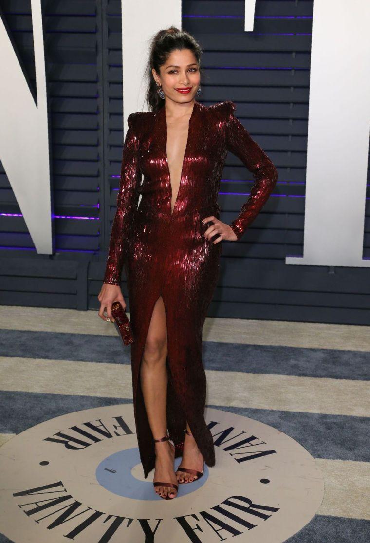 elle-vanity-fair-party-oscars-academy-awards-2019-red-carpet-arrivals-glamour-movie-star-celebrities-fashion-fredia-pinto.jpg