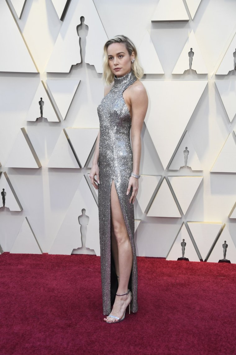 oscars-academy-awards-2019-red-carpet-arrivals-glamour-movie-star-celebrities-fashion-brie-larson-celine.jpg
