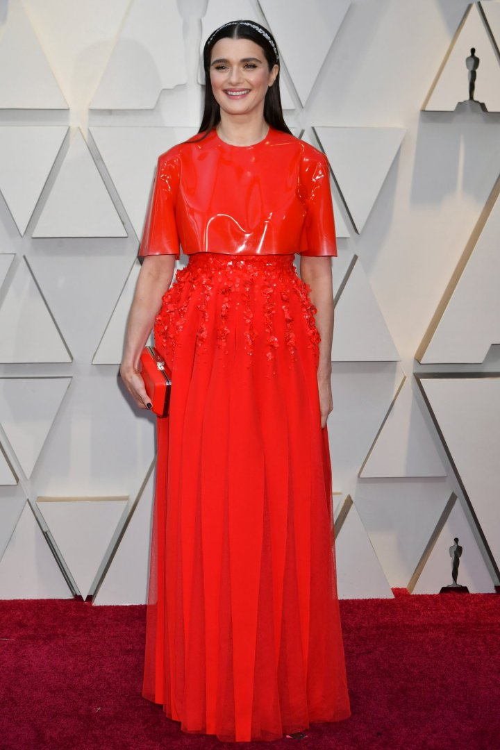 oscars-academy-awards-2019-red-carpet-arrivals-glamour-movie-star-celebrities-fashion-rachel-weisz-givenchy.jpg