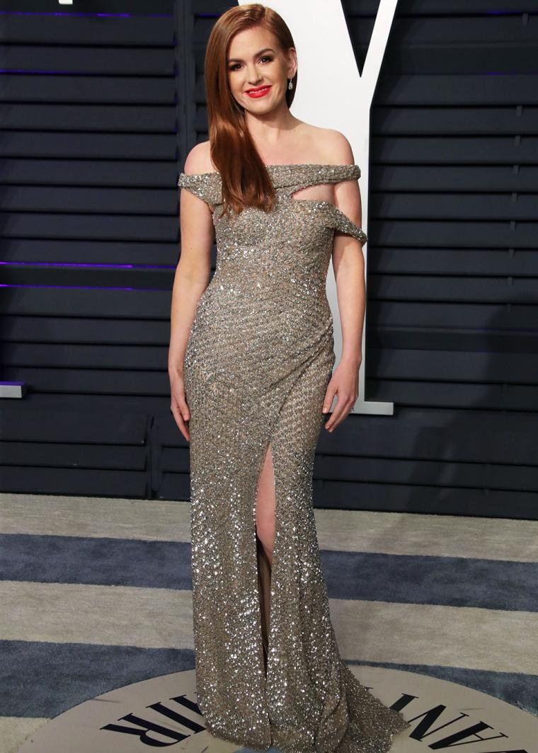 vanity-fair-party-oscars-academy-awards-2019-red-carpet-arrivals-glamour-movie-star-celebrities-fashion-isla-fisher.jpg